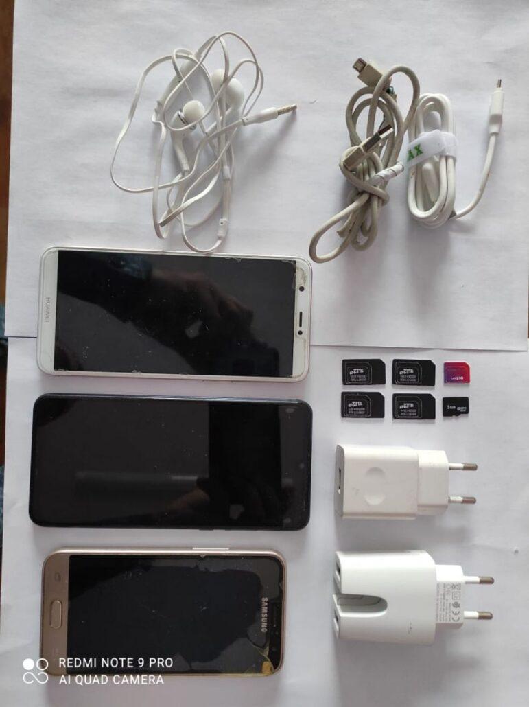 В ВКО к Дню влюблённых в колонию строгого режима пытались передать смартфоны