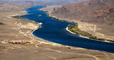 Река Или только весной бывает полноводной?